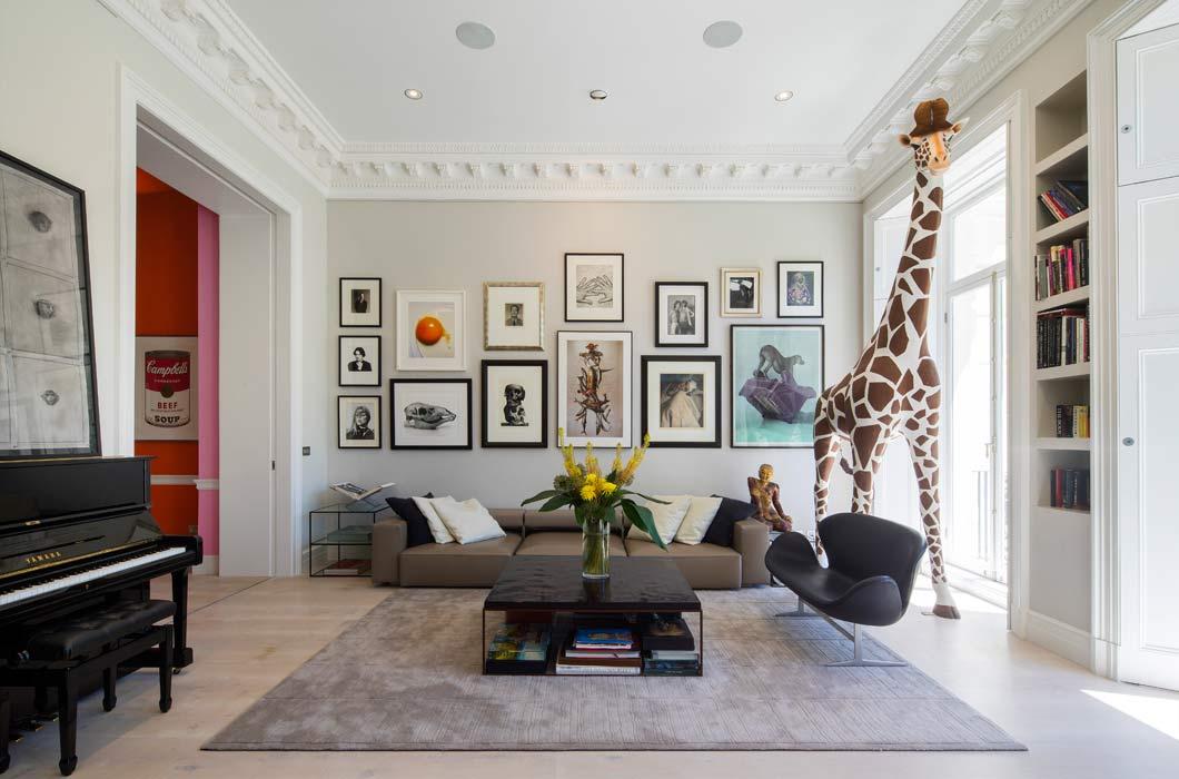 Perdón, pero…hay una jirafa en mi habitación